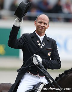 Steffen Peters continues to be a crowd favourite in Aachen