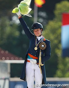Three years after becoming the 2012 European Junior Riders Champion on DJ Tiesto, Dana van Lierop has returned with Equestricons Walkure to claim individual test as a young rider