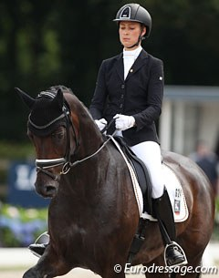 Laura Blackert on Deluxe (by Don Primus x Wolkentanz II)