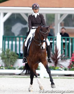 Swiss Barbara Bertschinger on her home bred 10-year old Swiss warmblood Sonnenbergs Solisco (by Sancisco x Brentano II)