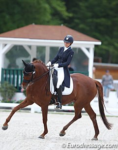 French Claudia Chauchard on the 9-year old Oldenburg mare Quaterback's Lady (by Quaterback x Rohdiamant)