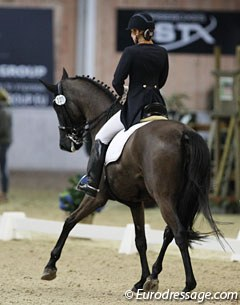 Russian Tatyana Kosterina on the Hanoverian mare Diavolessa (by Don Frederico x Londonderry)