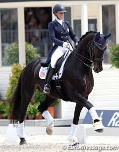 Kasey Perry-Glass and Gorklintgaards Dublet were back in Rotterdam with an improved bridle contact. The pair rode a very low risk/low expression and safe test with resulted in an expected lower score