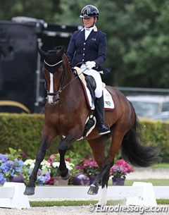 Italian Norma Paoli on the very gifted Hanoverian bred Lisara (by Lissaro van de Helle x St Moritz)
