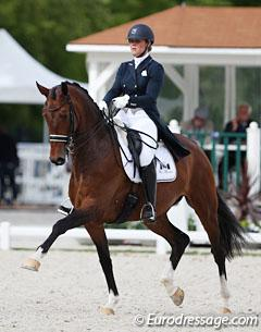 Mara de Vries and Farzana at the 2017 CDIO Compiegne :: Photo © Astrid Appels