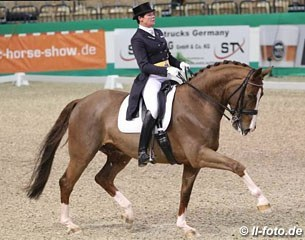 Salzgeber and Sir Simon at the 2015 CDI-W Neumunster :: Photo © LL-foto