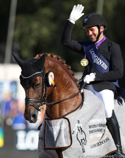 Severo Jurado Lopez and D'Avie win the 6-year old Finals at the 2018 World Young Horse Championships :: Photo © Astrid Appels