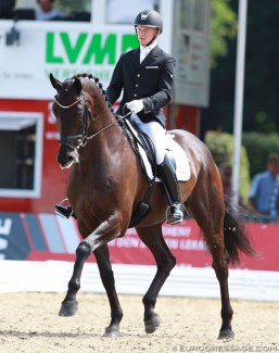 Allan Gron and Zick Flower at the 2014 World Young Horse Championships in Verden :: Photo © Astrid Appels