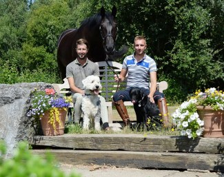 Ben Franklin (right) and his partner Rob Waine run a dressage stable in Great Britain :: Photo © Pophanken