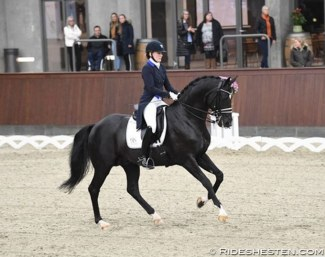 Archive photo Nanna Skodborg Merrald and Blue Hors St. Schufro :: Photo © Ridehesten