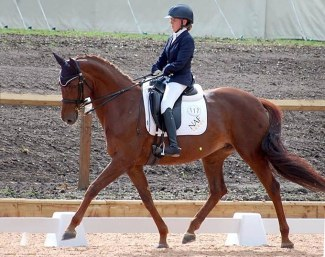 Erin Orford and the British Hanoverian Dior (by Dimaggio x Hitchcock)