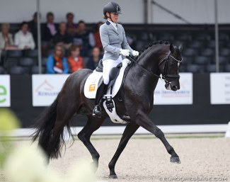 Renate van Uytert and Just Wimphof at the 2019 World Young Horse Championships :: Photo © Astrid Appels