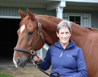 Anne Leueen followed the webinar on The Training Scale brought by Canadian Grand Prix riders Tina and Jaimey Irwin.
