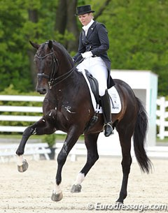 Anne van Olst and Netto at the 2013 CDI Roosendaal :: Photo © Astrid Appels
